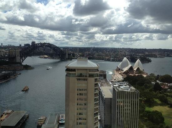 InterContinental Sydney: view from the pool