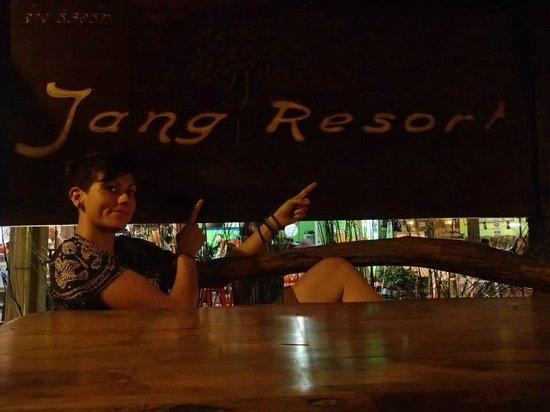 Jang Resort : Hotel sign/breakfast area