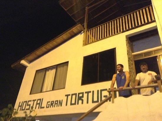 La Gran Tortuga: Alex y José