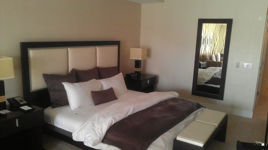 Provident Doral at The Blue Miami: Bedroom - Suite