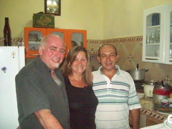 Hostal Marilu y Nelson: Marilú y Carlos