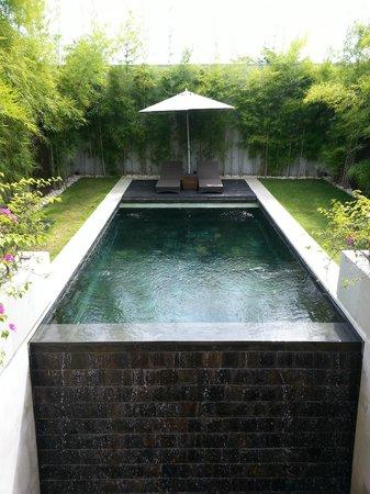 eqUILIBRIA SEMINYAK: Pool
