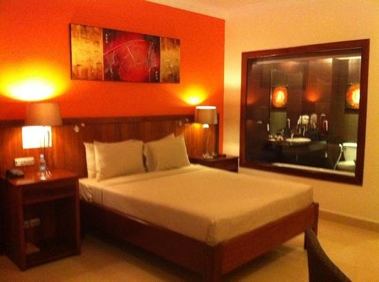 Serendipity Beach Resort : sea view double room