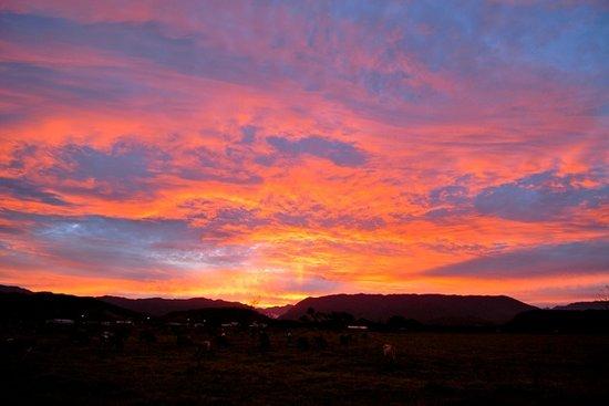 Karamea Farm Baches: West Coast Sunsets (Free Every Night!)