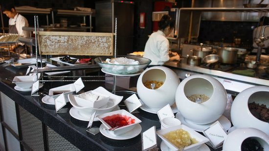 Hansar Bangkok Hotel: Breakfast buffet choice 2