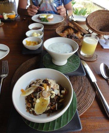 Alila Manggis: beautiful breakfast