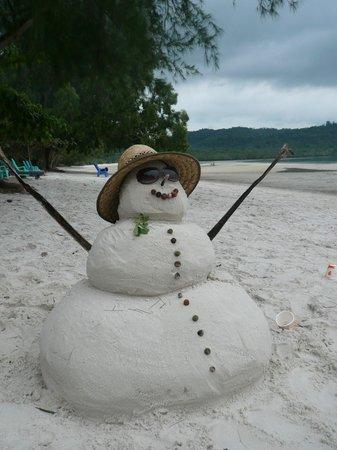 Telunas Resorts - Telunas Beach Resort : Sandy!