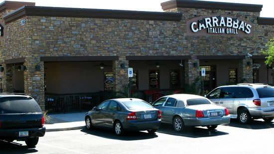 Carrabba's Italian Grill: Looking SW at the store front and outside seating