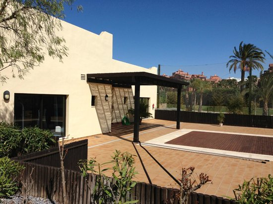 Playa Granada Club Resort: Outdoor area of the fitness centre