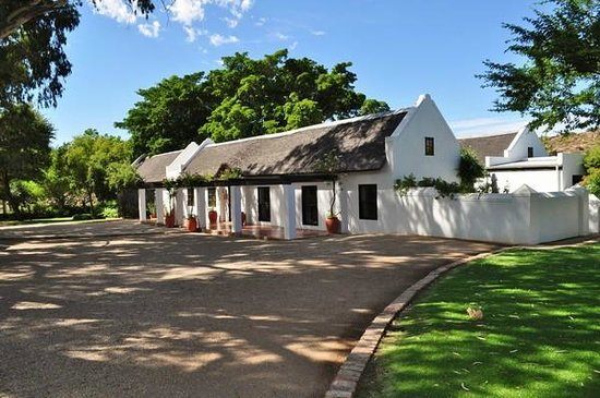Bushmans Kloof Wilderness Reserve & Wellness Retreat: the original homestead building