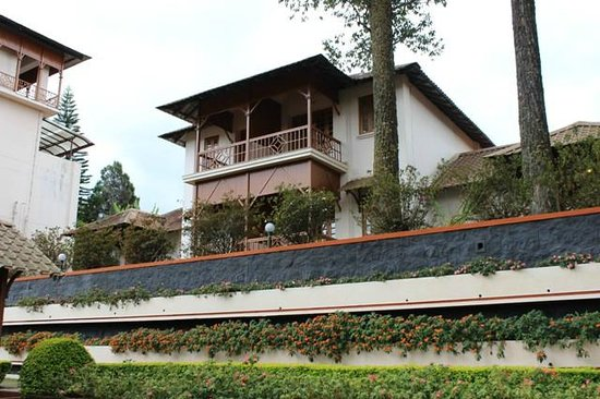 KTDC Tea County Munnar: The Cottage rooms on the east