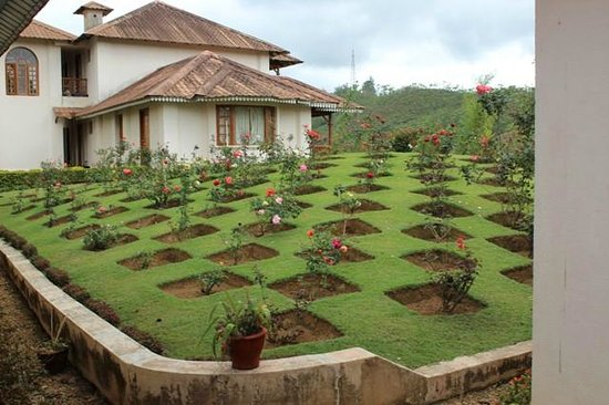 KTDC Tea County Munnar: The landscaping and suites
