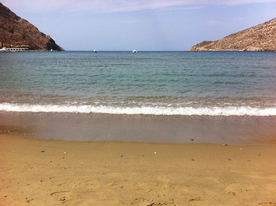 Morfeas Pension: Kamares beach