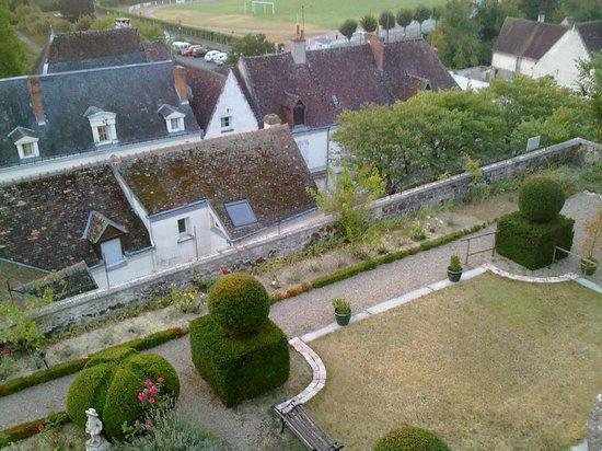 La Maison de l'Argentier du Roy : vista del jardin y alrededores desde nuestra habitacion Belle Epoque