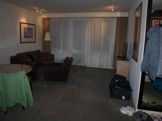 Adina Apartment Hotel Budapest: Wohnbereich