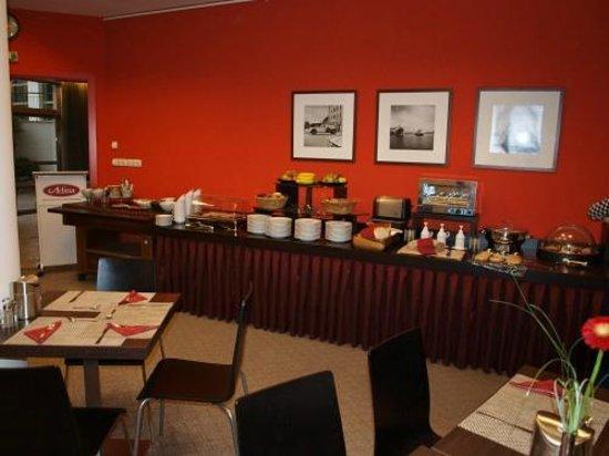 Adina Apartment Hotel Budapest: Frühstücksbuffet