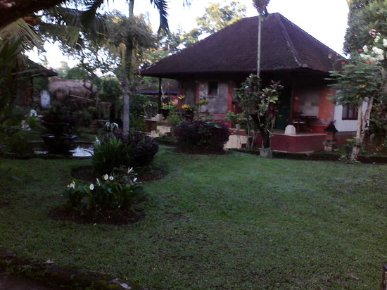 Oka Kartini Bungalows: bungalow