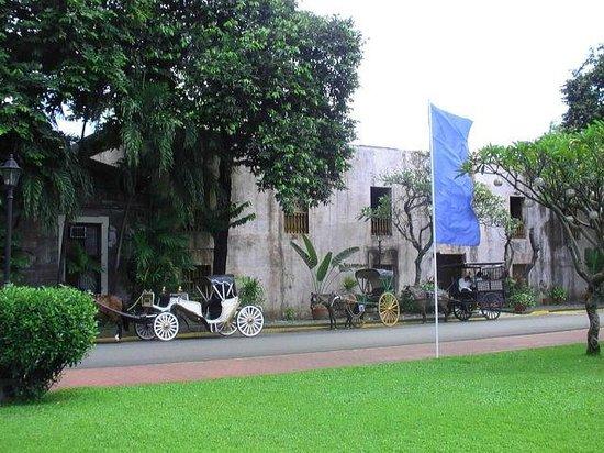 Fort Santiago: Повозки для туристов