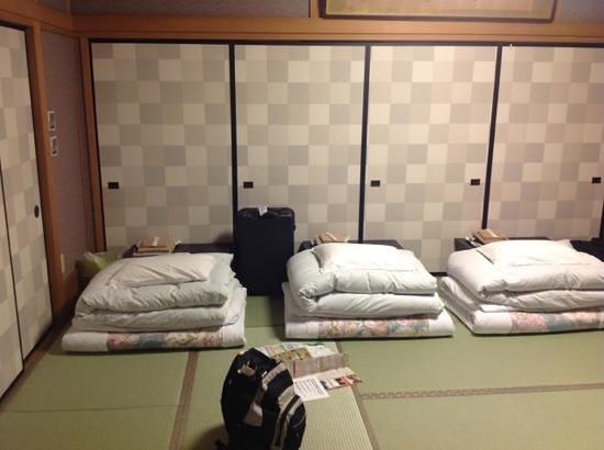 kyoya ryokan vue dune chambre dortoir ou lon dort a la - Chambre Japonaise Tatami