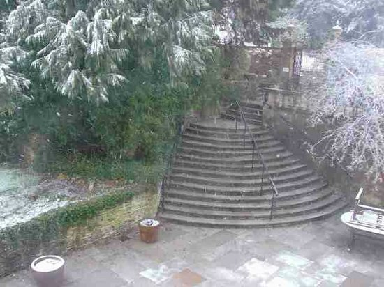 Burleigh Court Hotel: snowy view from our bedroom