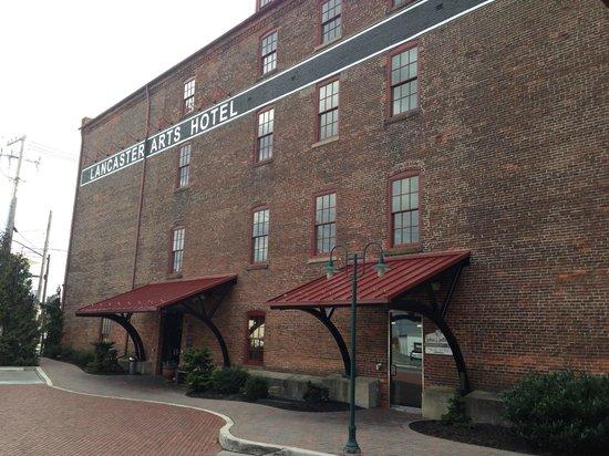 Lancaster Arts Hotel: Fachada