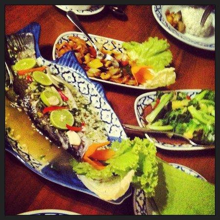 Tera-Thai Fine Dine Restaurant: yummy