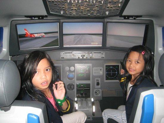 KidZania Jakarta: Cockpit