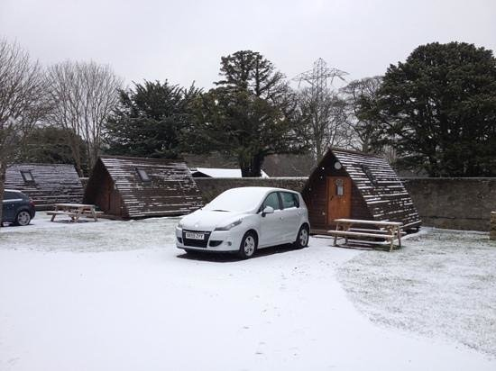 Mortonhall Caravan and Camping Park: wigwams