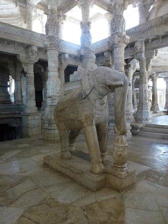 Jain Temple - Ranakpur: Interno