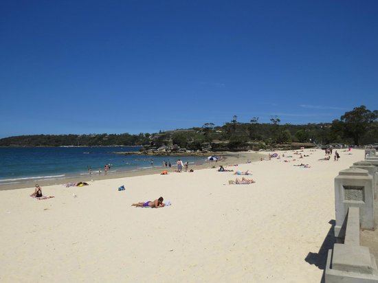 Balmoral: Edwards beach