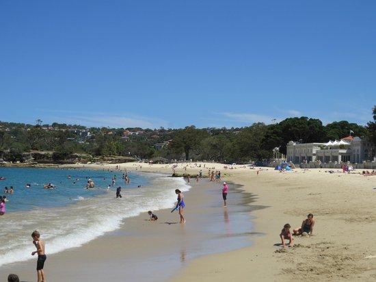 Balmoral: Edwards beach