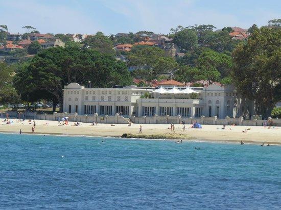 Balmoral pavilion - Edwards beach