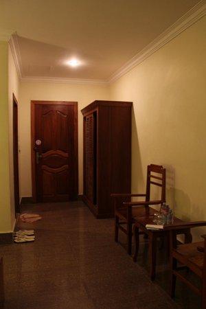 โรงแรมโกลเด้น แมงโก้: 部屋