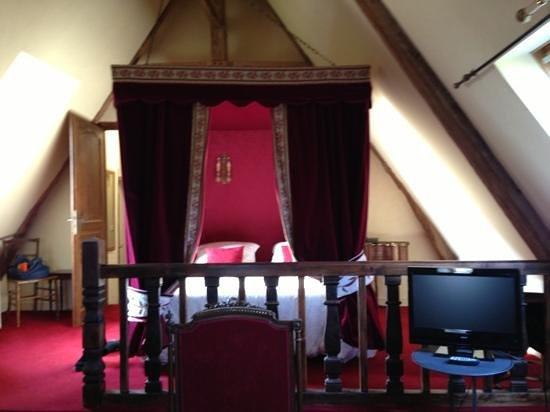 Manoir de la Hazaie : le lit