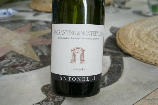 La Locanda del Capitano: This wine was perfect with our meal
