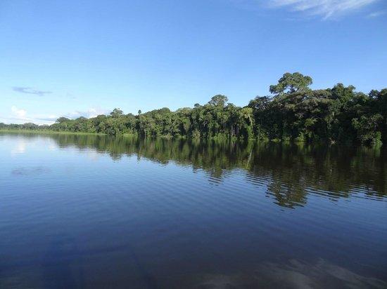 Inotawa Lodge: Lago Tres Chimbadas