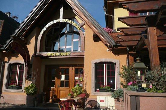 Fa ade du restaurant photo de la table de mittelwihr mittelwihr tripadvisor - Restaurant la table de mittelwihr ...