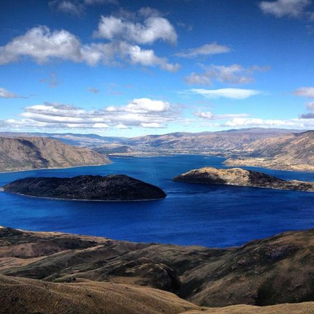 Ridgeline Adventures: Lake Wanaka from the Summit