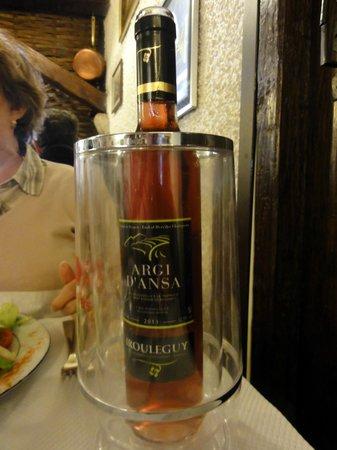 Le Pasaka: Rosé d'Irouleguy