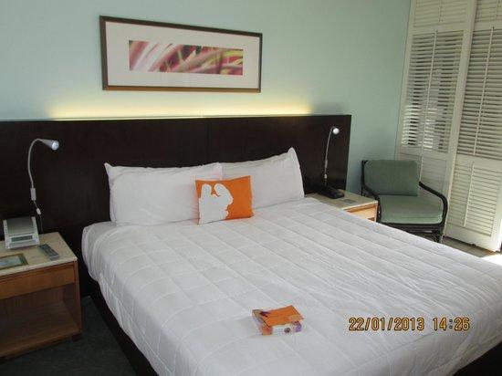 Waikiki Parc Hotel: Ocean view room
