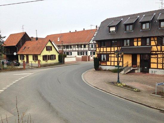 Bietlenheim, France : the main road