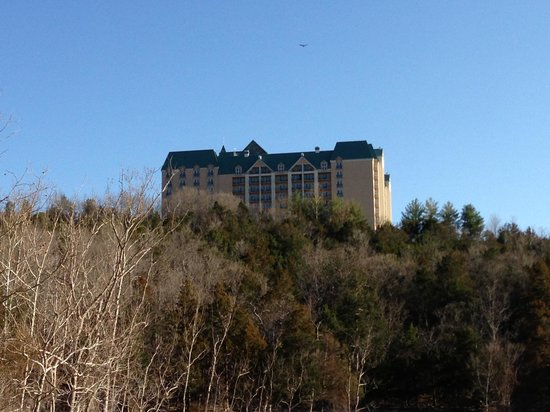 Chateau on the Lake Resort & Spa: Resort