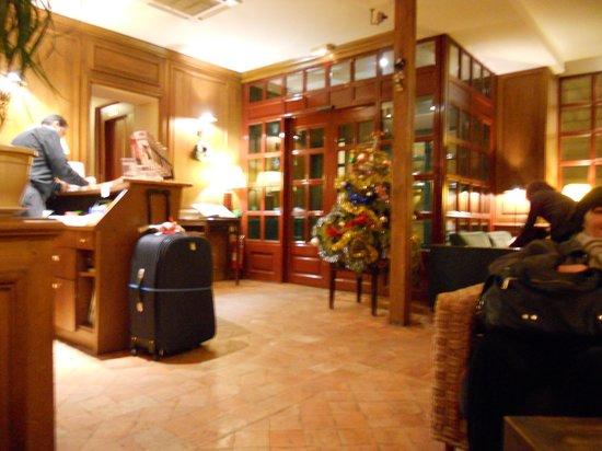 Hôtel Lautrec Opera: reception