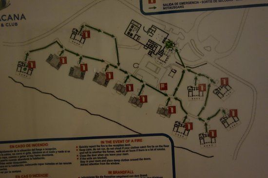 Tortuga Bay Hotel Puntacana Resort & Club : Property map, see villas at either end