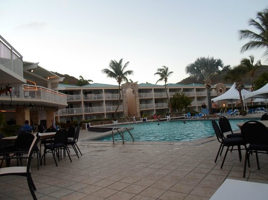 Divi Carina Bay All Inclusive Beach Resort: Pool and rooms