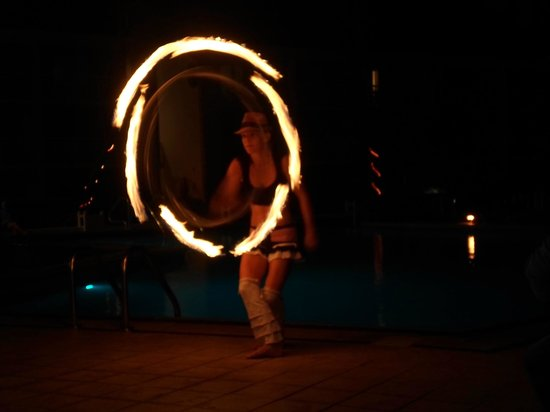 Divi Carina Bay All Inclusive Beach Resort: Fire dancers