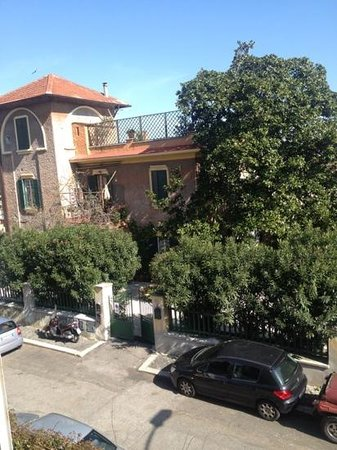 Villa Rosa Hotel: вид из окна