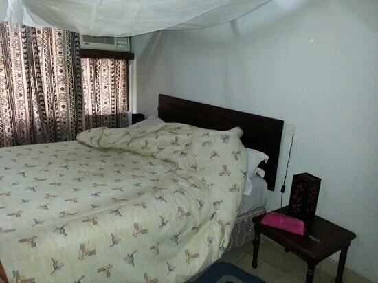 Morogoro Hotel: bedroom