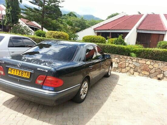 Morogoro Hotel: my lovely car in the parking area