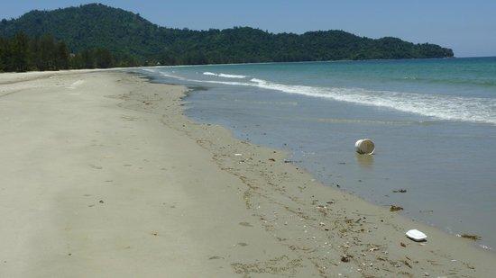 Nexus Resort & Spa Karambunai: Plastikmüll